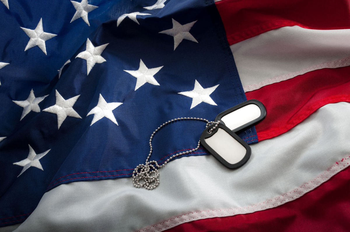 flag-and-dogtags